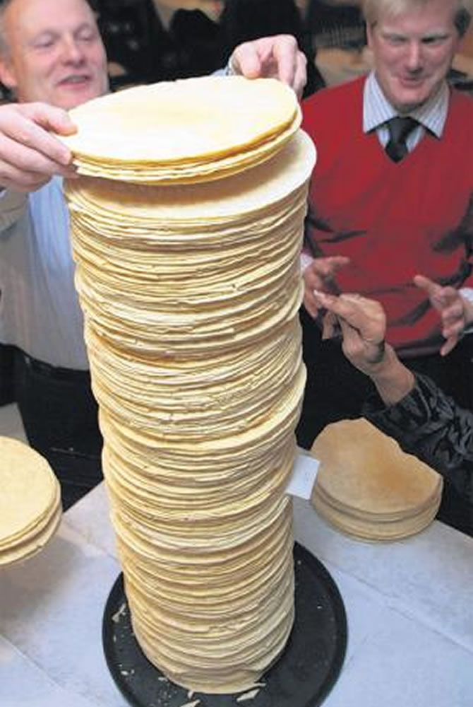 Poppadum Tower World Record